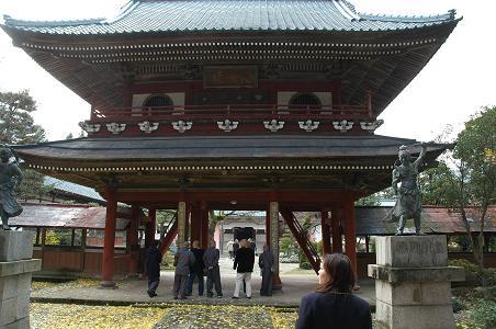 大栄寺と北方文化博物館:袋田の...